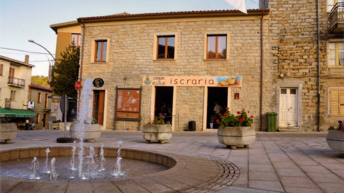 http _cdn.cnn.com_cnnnext_dam_assets_180117122849-ollolai---the-italian-town-selling-homes-for-one-euro---piazza-marconi